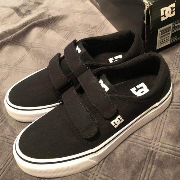388819fbb NIB DC shoes Trase V black white Velcro shoes 3.5